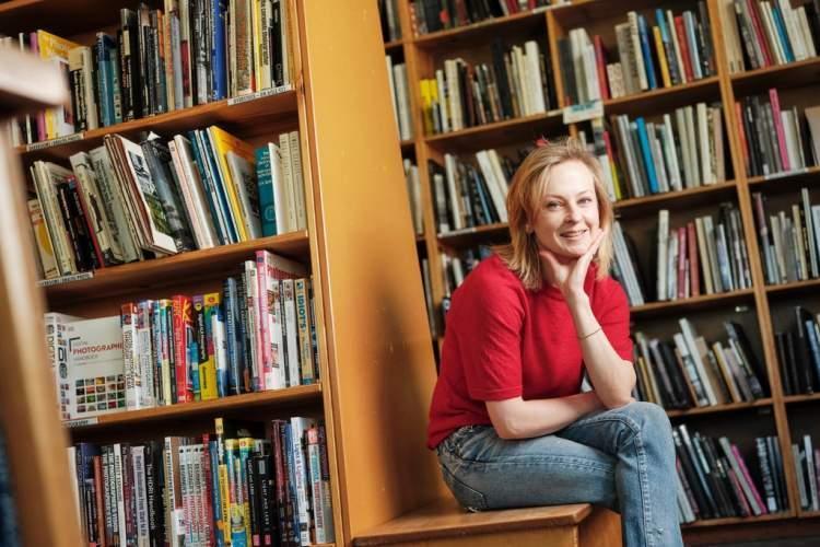 کتابفروشی آنلاین در عصر آمازون؛ آینده مبهم کتاب در عصر کرونا