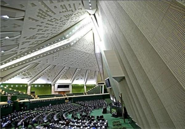 طرح مجلس برای منسوخ شدن تغییر ساعت رسمی کشور